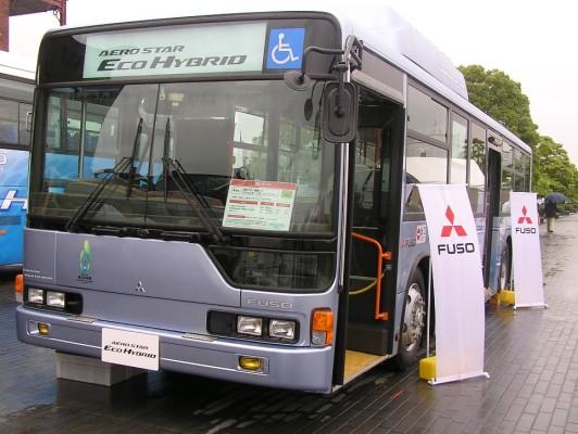 Daimler präsentierte preisgekrönten Hybridbus auf der Eco Car World 2009