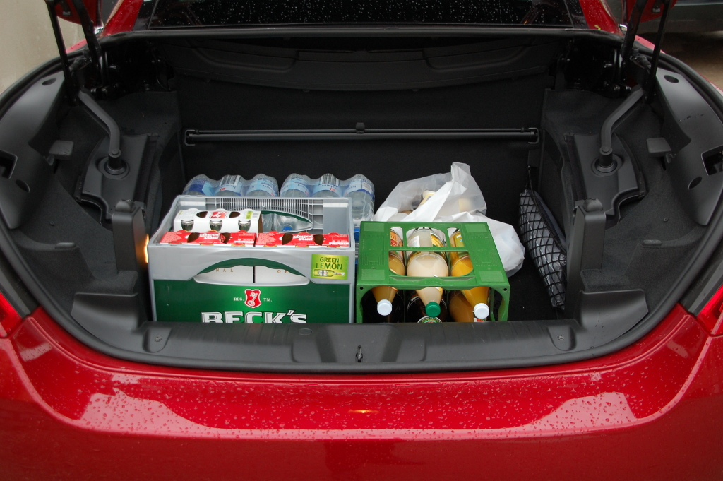Erstkontakt Peugeot 308 CC Platinum HDi FAP: Da läuft's heiß den Rücken runter...  - Bild(9)