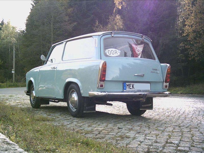 "Es lebe die""Pappe""– der Trabant Motorisierte Lebensfreude."