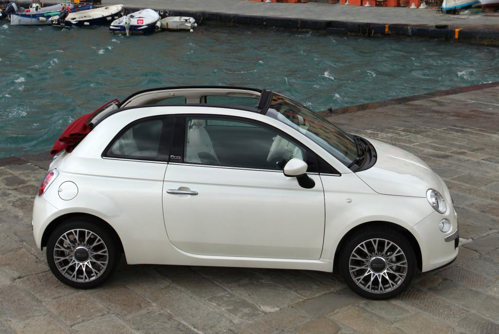 Fiat zeigt das Cabriolet des 500