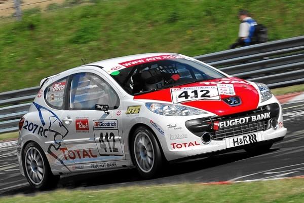 Halbzeit in der Peugeot Total Langstreckentrophy