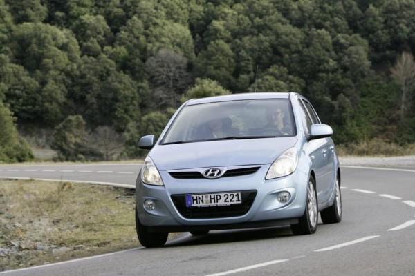 Hyundai i20 rollt in die Werkstatt