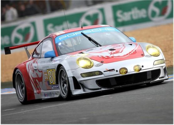 Le Mans: Porsche startet zweimal an der Spitze