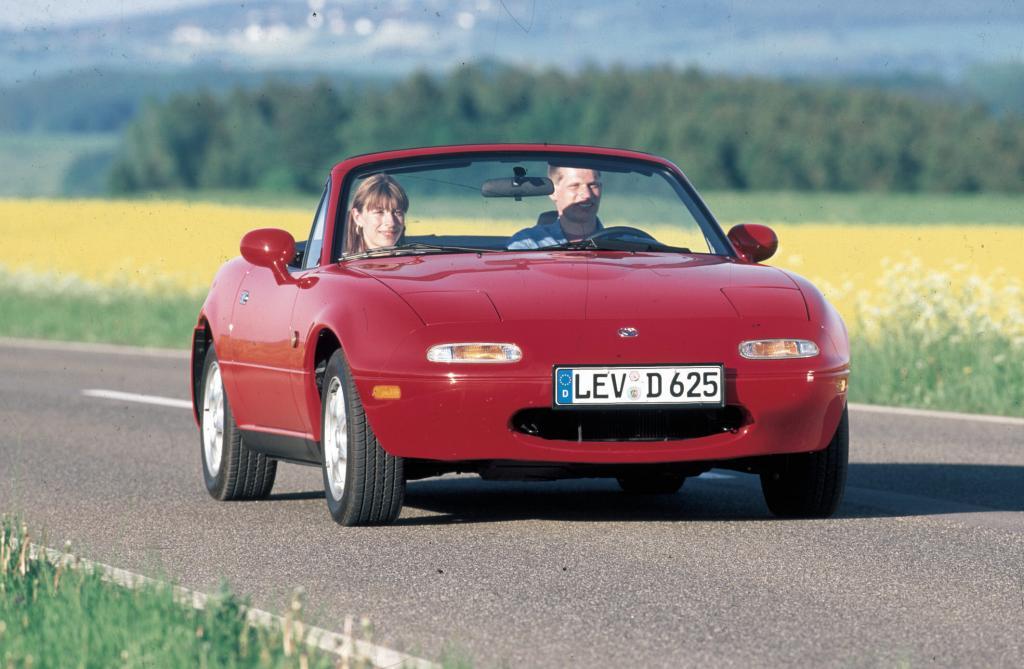 Mazda MX-5: Der Kult-Roadster wird 20   - Bild(3)