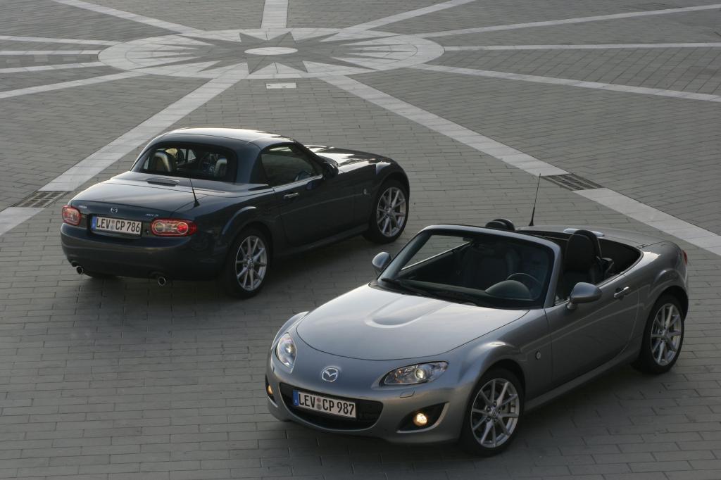 Mazda MX-5: Der Kult-Roadster wird 20   - Bild(6)