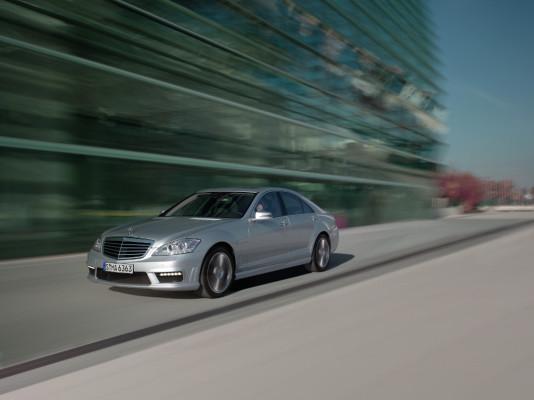 Mercedes-Benz AMG S-Klasse: Geschärftes Profil und mehr Sicherheit