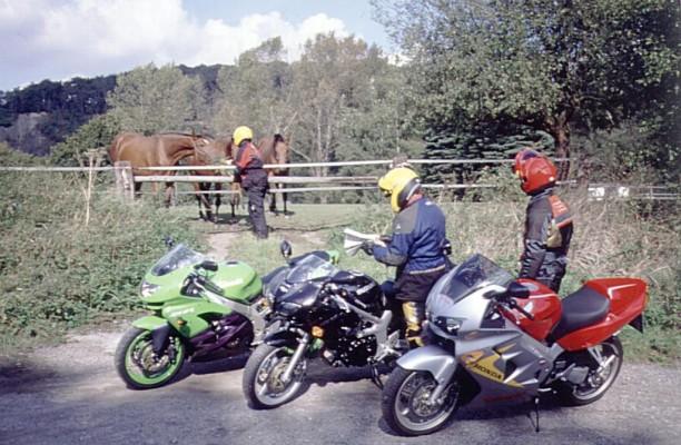 Mit dem Motorrad auf Reisen: Gruppen und Kinder auf Tour (Teil 4)