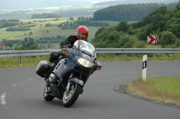 Mit dem Motorrad auf Reisen: Richtiges Verhalten im Notfall (Teil 3)