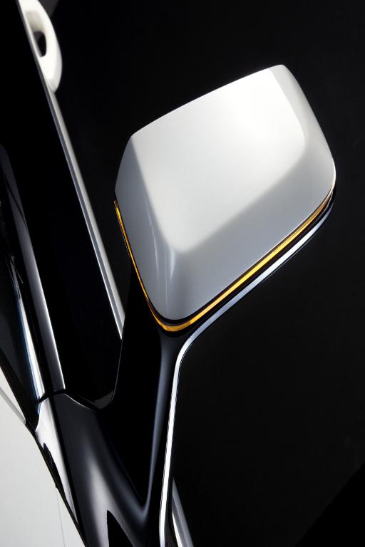 Modellstudien: Opel zeigt seriennahe Ampera-Version in Bochum