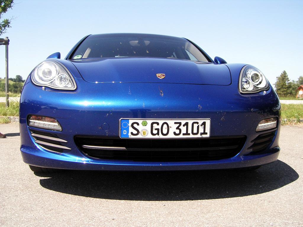Porsche Panamera: Flach, breit, stark - Bild(10)