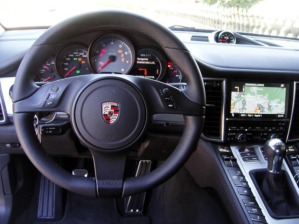 Porsche Panamera: Flach, breit, stark - Bild(3)