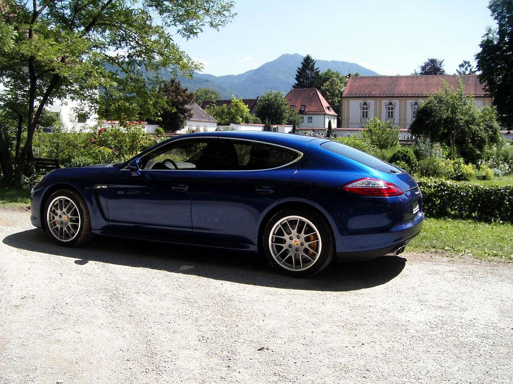 Porsche Panamera: Flach, breit, stark - Bild(6)