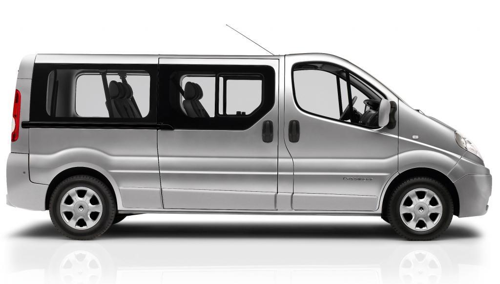Renault Trafic Passenger jetzt auch mit langem Radstand