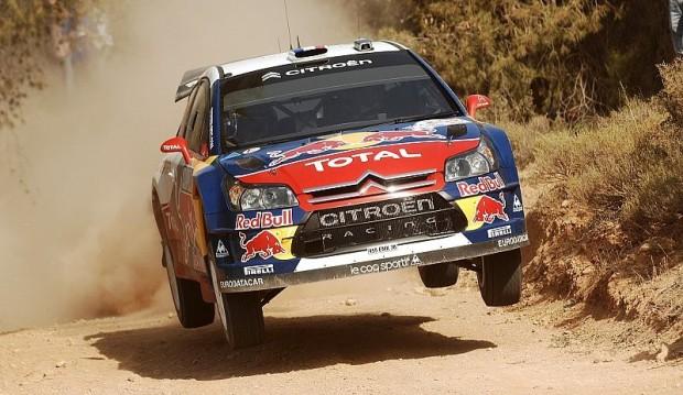 Sébastien Loeb: Konzentration beim Erstellen des Aufschriebs