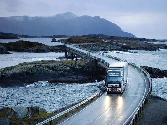 Volvo liefert stärksten Lkw der Welt aus