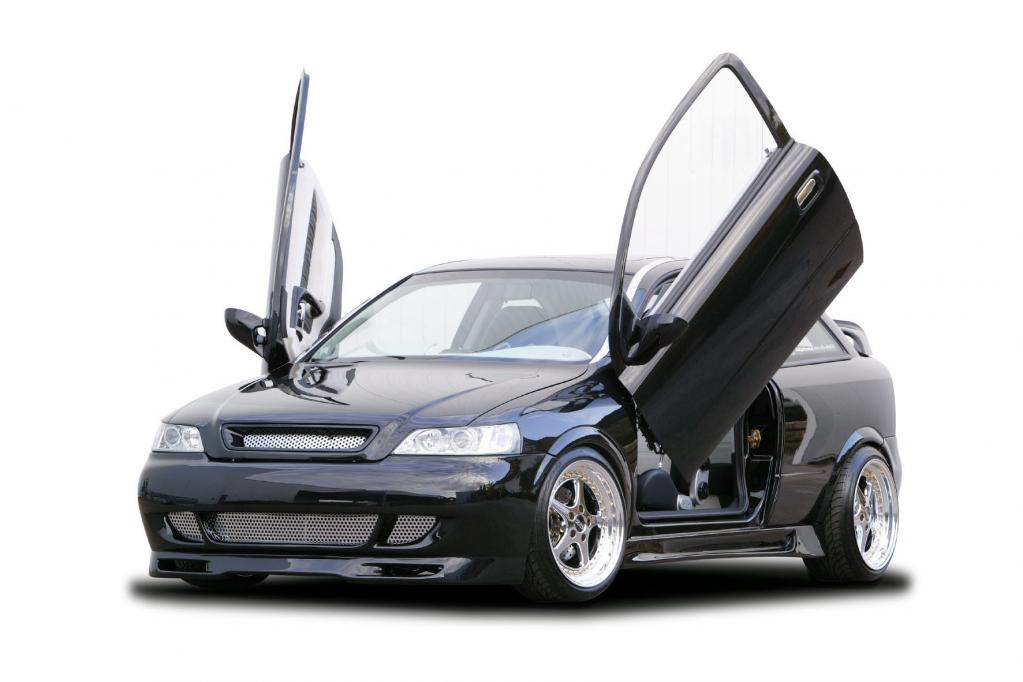Die besten Autos mit Flügeltüren gesucht