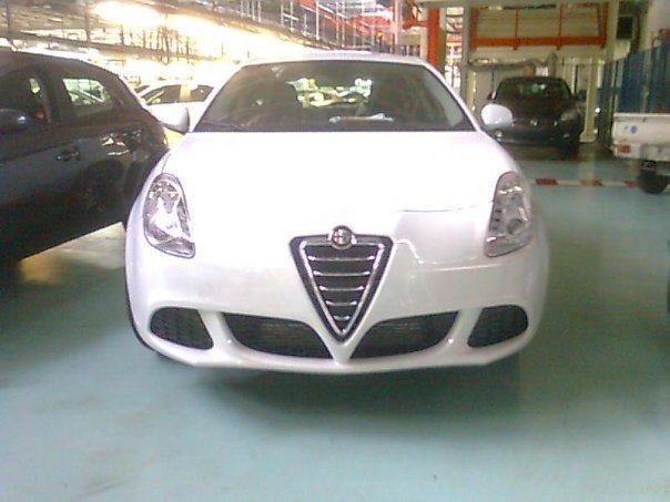 Erste Bilder des Alfa Romeo 149