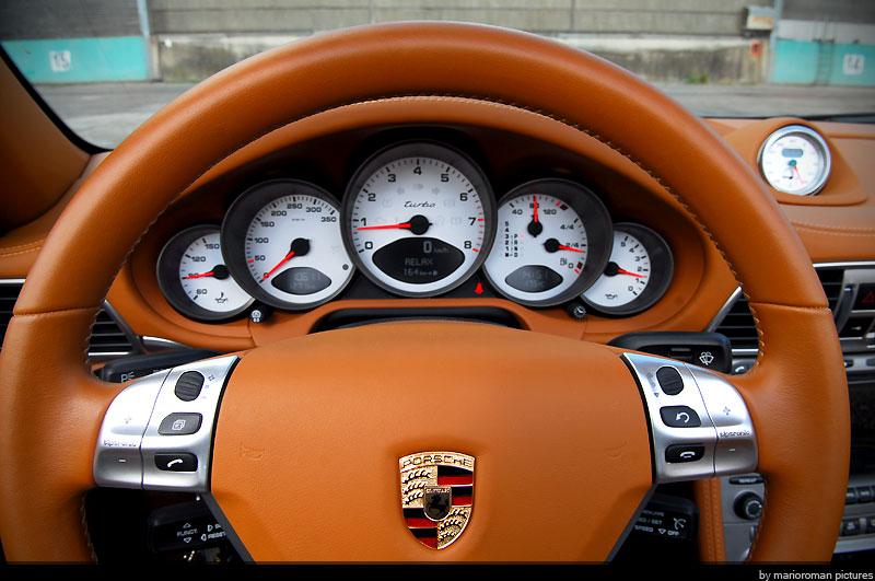 Fahrbericht Porsche 997 Turbo Cabriolet – Volle Schubkraft im Designeranzug - Bild(4)