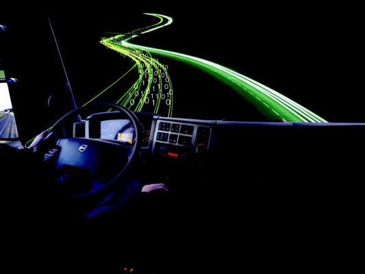 Forschung: Virtueller Beifahrer soll Lkw-Fahrer entlasten