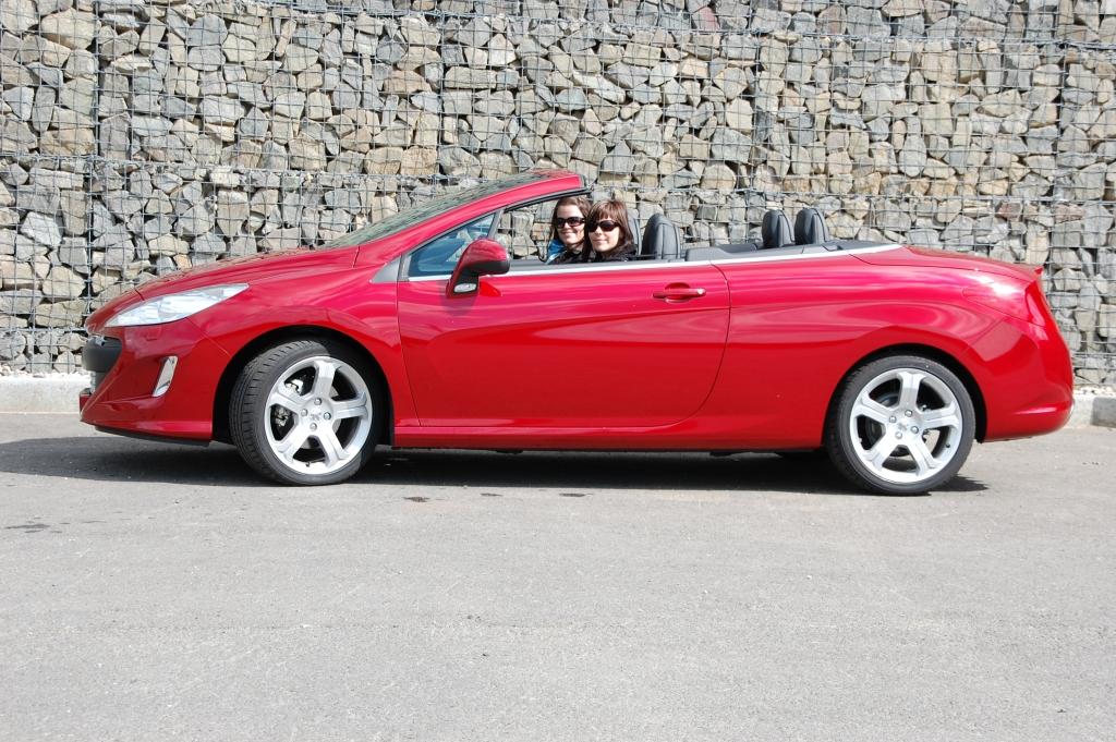 Heißer Franzose im Test - der Peugeot 308CC Platinum HDi FAP Weniger Geld für mehr Auto.