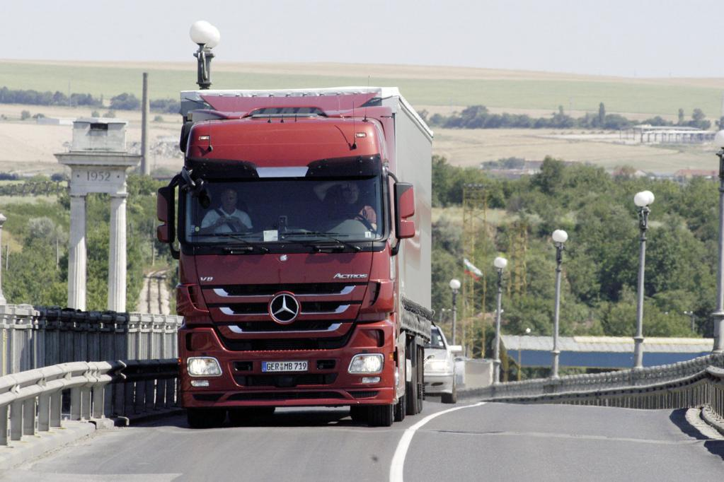 Mercedes-Benz Actros ist Polens ''Truck of the Year 2009''