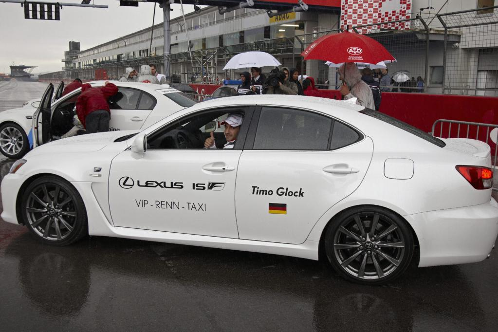 Mit dem Lexus IS F über den Nürburgring