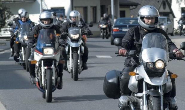 Motorradhelme nur mit aktueller ECE-Norm kaufen