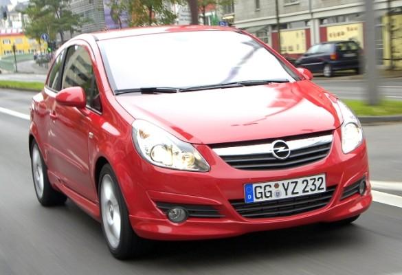 Opel Corsa und Mercedes-Benz SLK sorgten für Führungswechsel