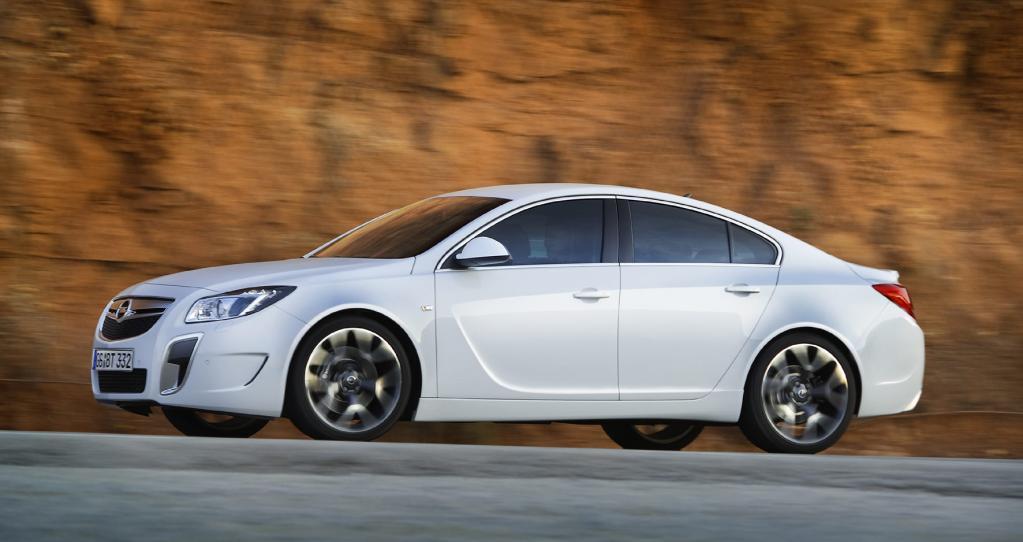 Opel - Insignia - Bild(2)