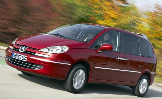 Peugeot 807 auf Wunsch mit WIP Bluetooth