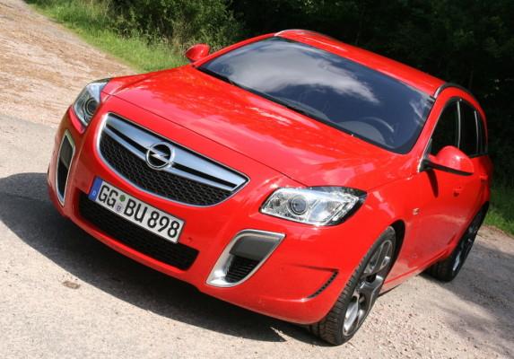 Presse-Präsentation Opel Insignia OPC: Wettbewerbsfähiges Angebot