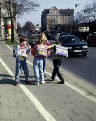 Schuljahresbeginn: Wegstrecke üben und Gefahren minimieren