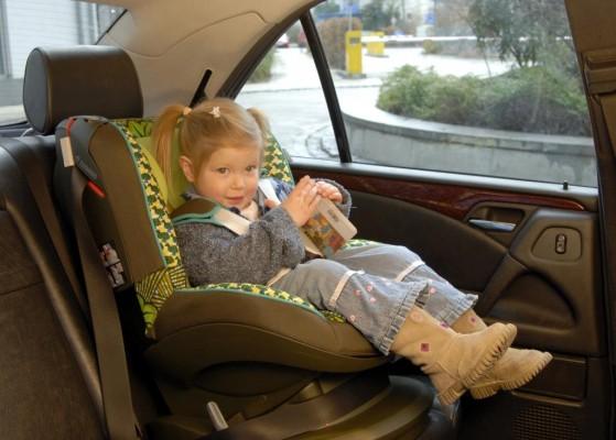 Service: Lange Autofahrten mit Kindern