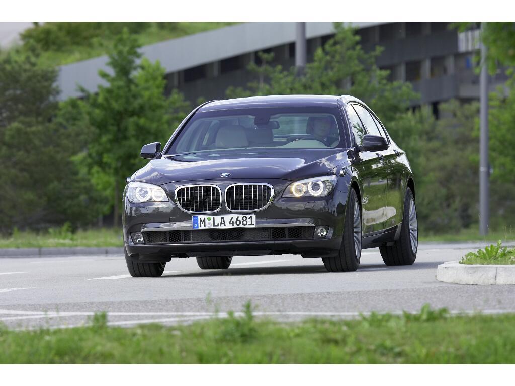 7er BMW als Panzer-Limousine