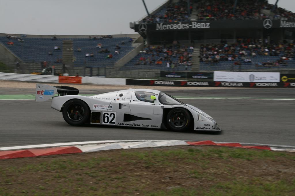Avd-Oldtimer-Grand-Prix: Nebel und Sonnenschein auf dem Nürburgring - Bild(3)