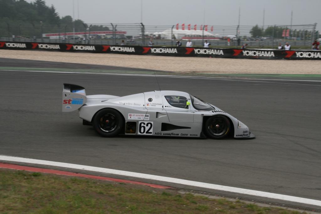 Avd-Oldtimer-Grand-Prix: Nebel und Sonnenschein auf dem Nürburgring - Bild(4)