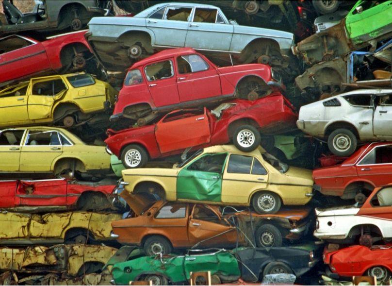 Betrug mit der Abwrackprämie: Illegaler Weiterverkauf von Schrottautos floriert
