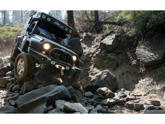 EarthRoamer XV-JP überwindet Rubicon Trail
