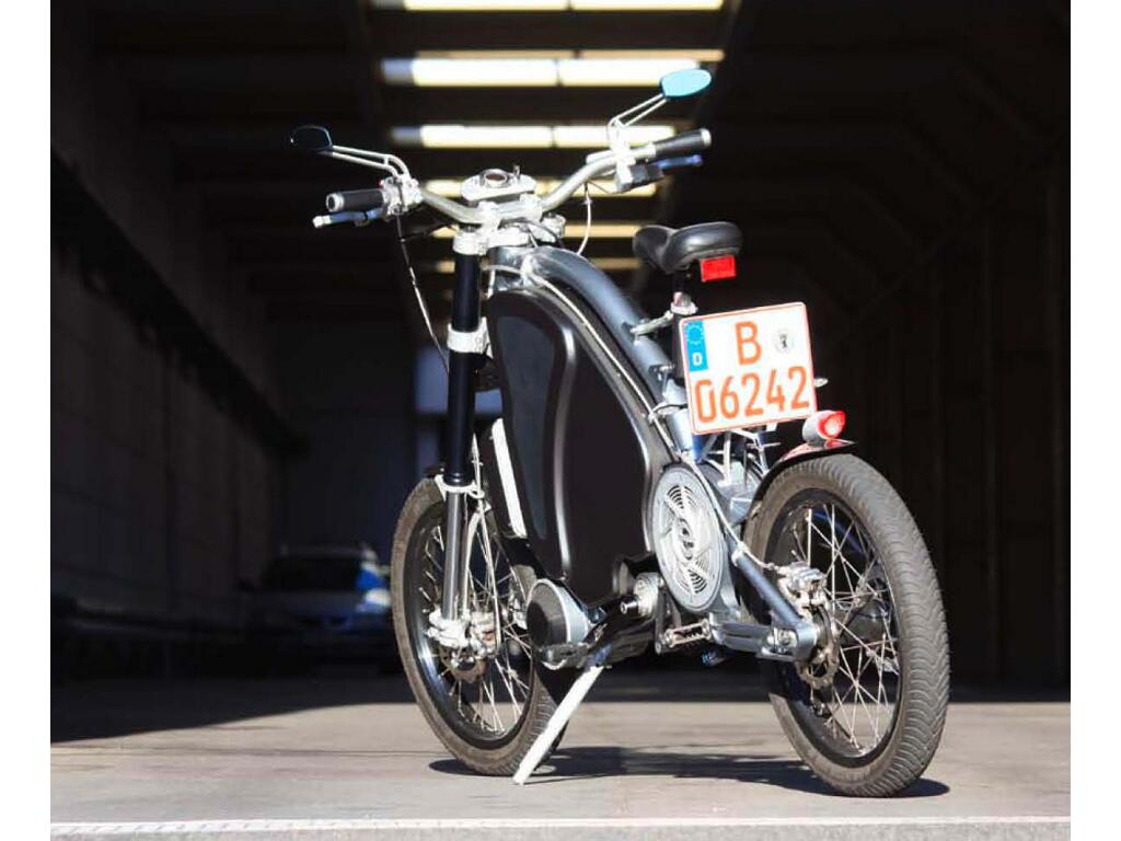 Erockit: Mensch-Maschine-Hybrid-Zweirad, handmade in Berlin - Bild(10)