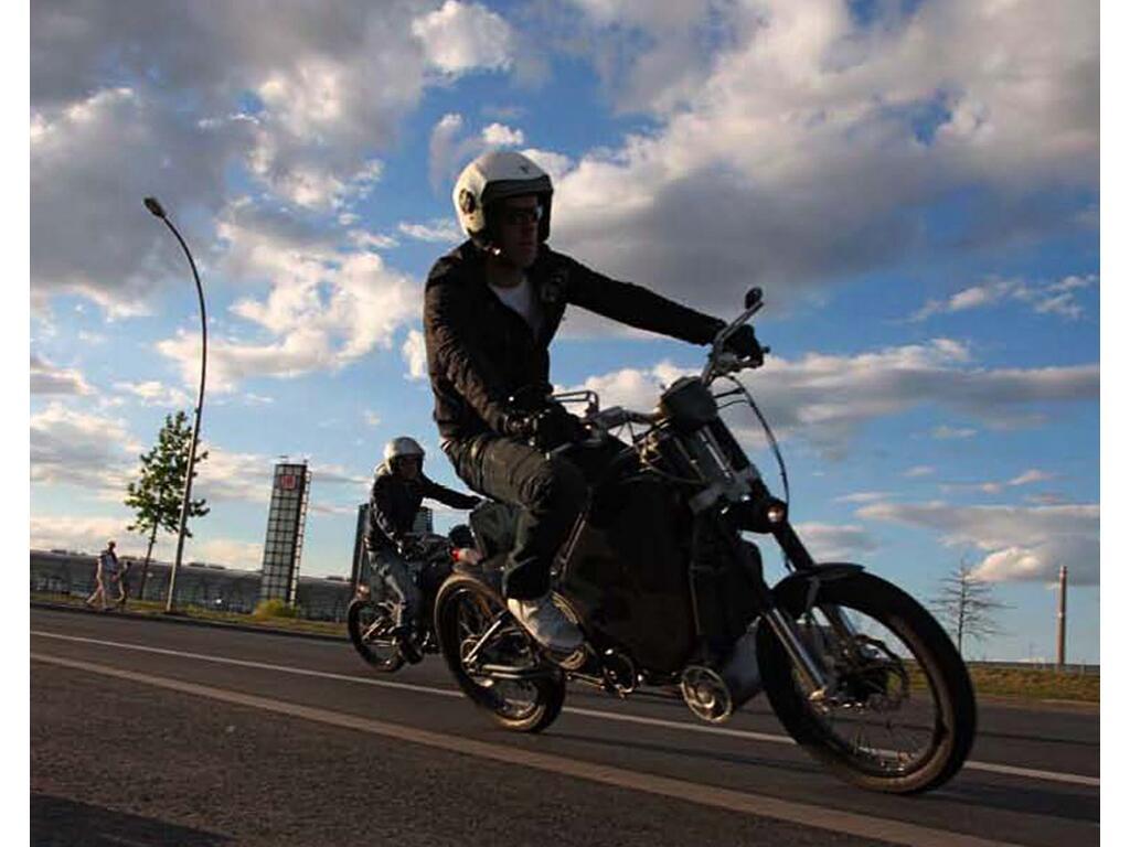 Erockit: Mensch-Maschine-Hybrid-Zweirad, handmade in Berlin - Bild(3)