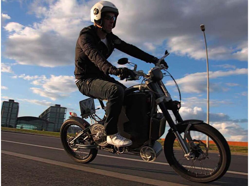 Erockit: Mensch-Maschine-Hybrid-Zweirad, handmade in Berlin - Bild(4)