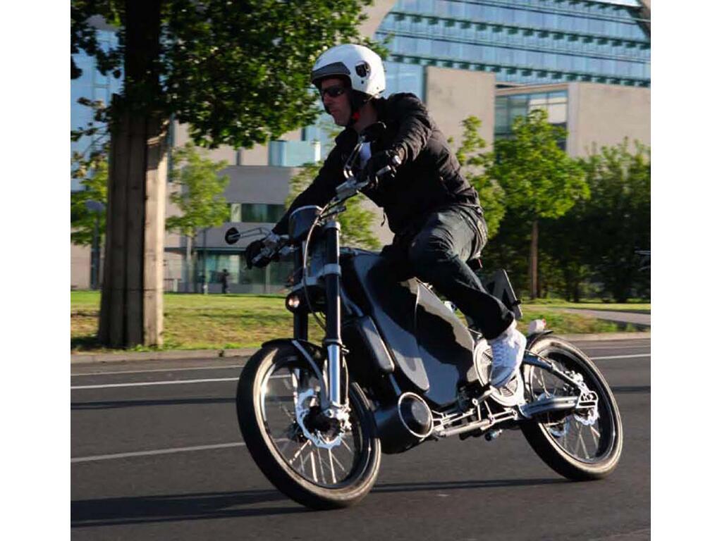 Erockit: Mensch-Maschine-Hybrid-Zweirad, handmade in Berlin - Bild(5)