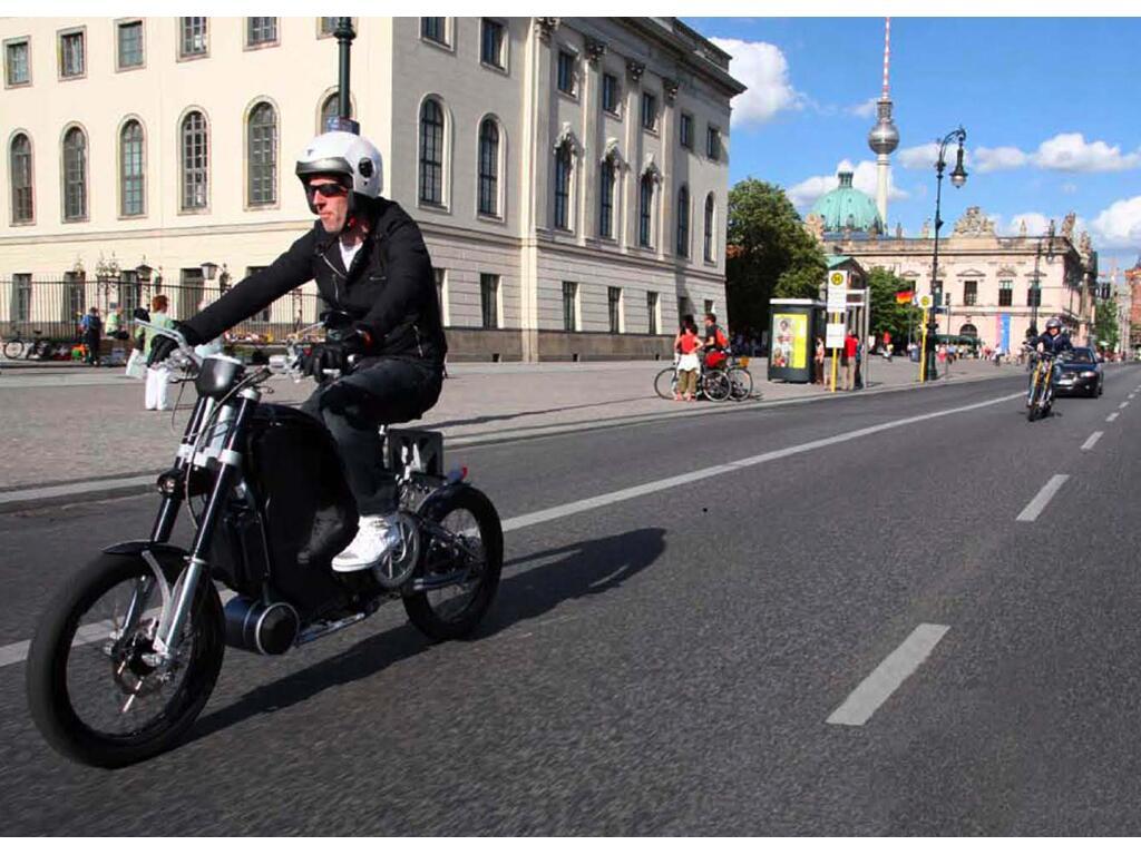 Erockit: Mensch-Maschine-Hybrid-Zweirad, handmade in Berlin - Bild(6)