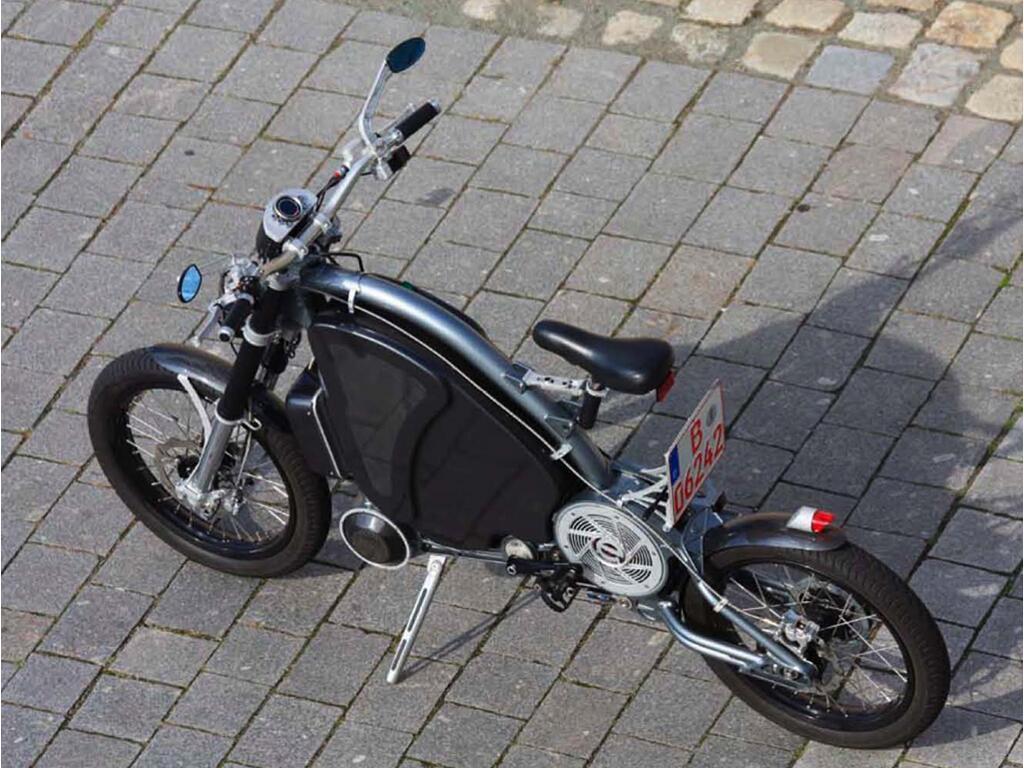 Erockit: Mensch-Maschine-Hybrid-Zweirad, handmade in Berlin - Bild(8)