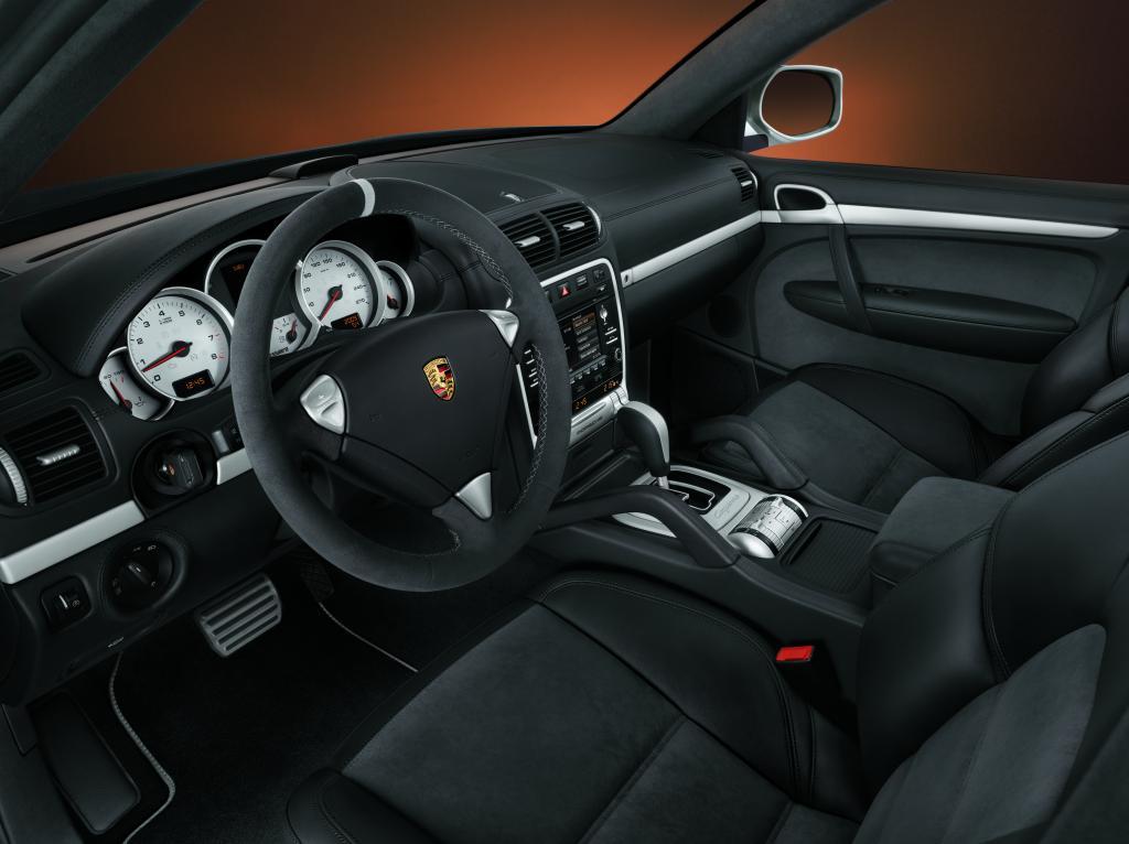 Fahrbericht Porsche Cayenne S Transsyberia: Über Stock und Stein