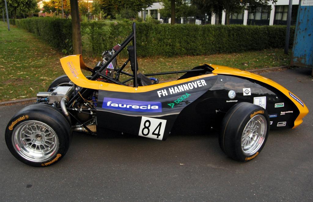 Faurecia startet zum ersten Mal bei Formula Student