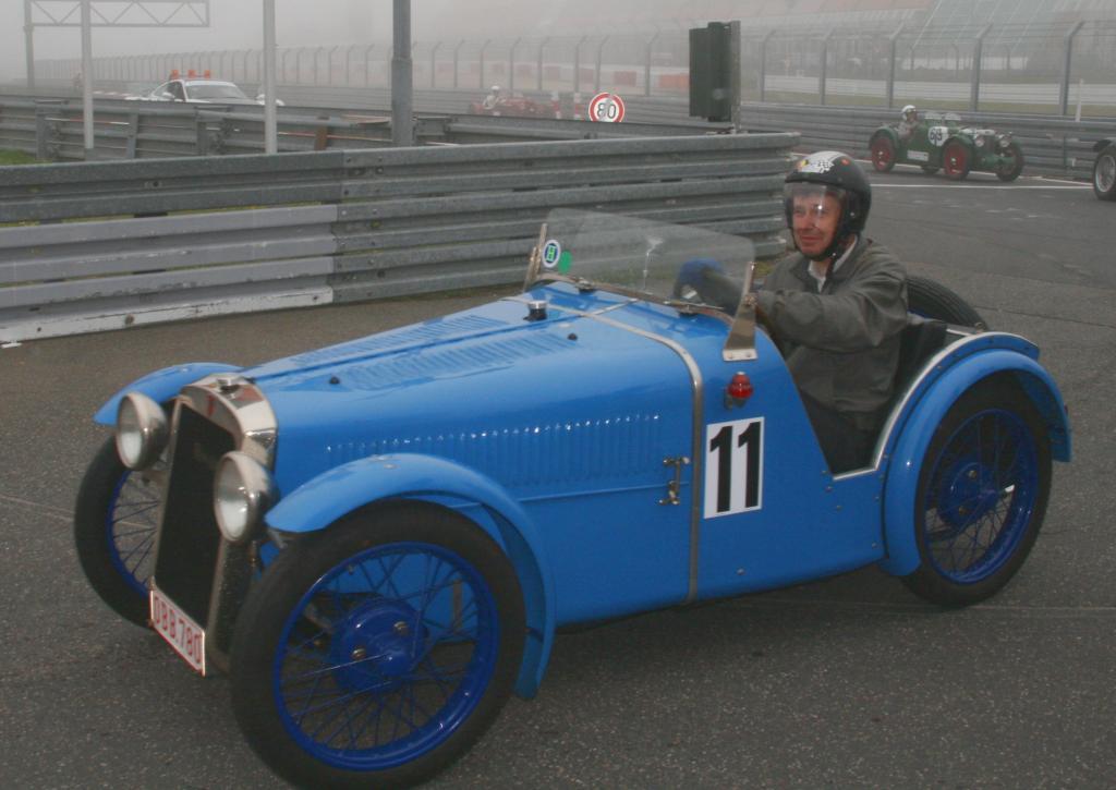 Fotoshow vom 37. Avd-Oldtimer-Grand-Prix auf dem Nürburgring - Bild(12)