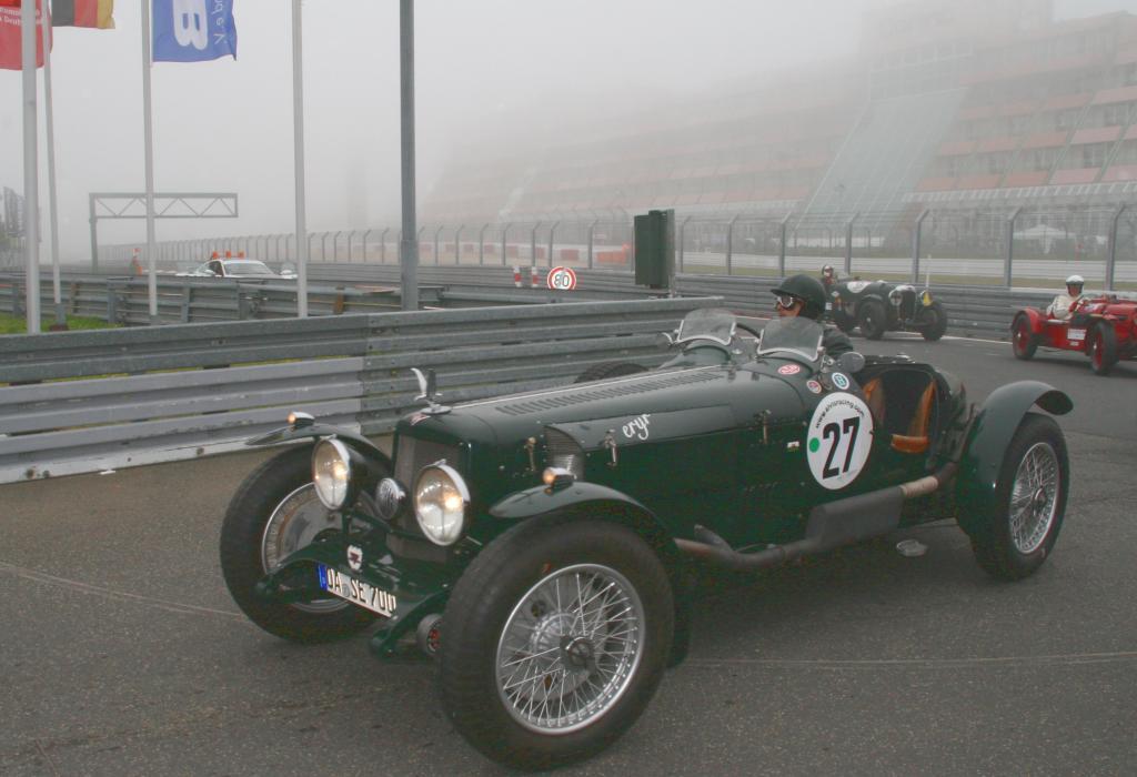 Fotoshow vom 37. Avd-Oldtimer-Grand-Prix auf dem Nürburgring - Bild(13)