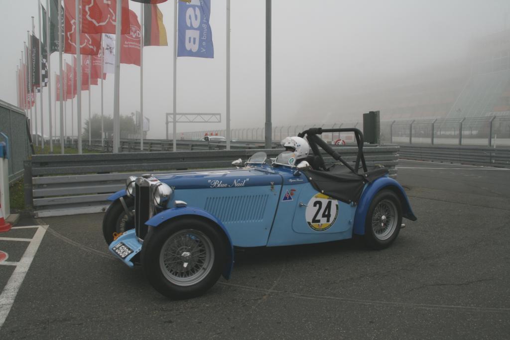 Fotoshow vom 37. Avd-Oldtimer-Grand-Prix auf dem Nürburgring - Bild(2)