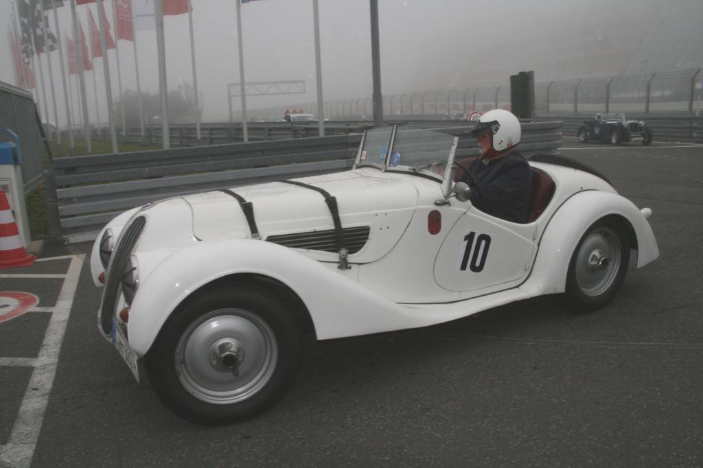 Fotoshow vom 37. Avd-Oldtimer-Grand-Prix auf dem Nürburgring - Bild(4)
